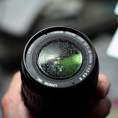 Nikon aconseja como no limpiar las ópticas