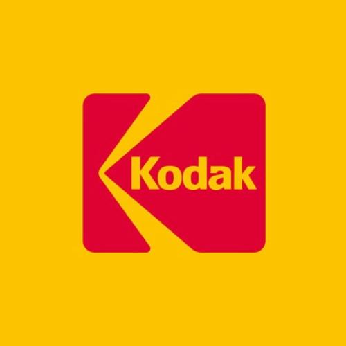 Kodak levanta cabeza