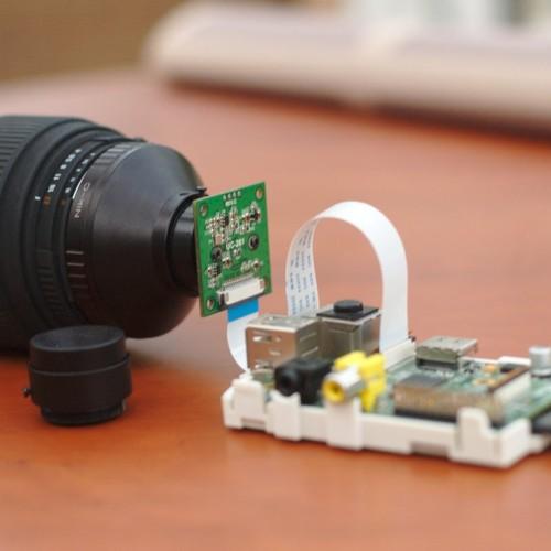Montura nikon con sensor Raspberry PI